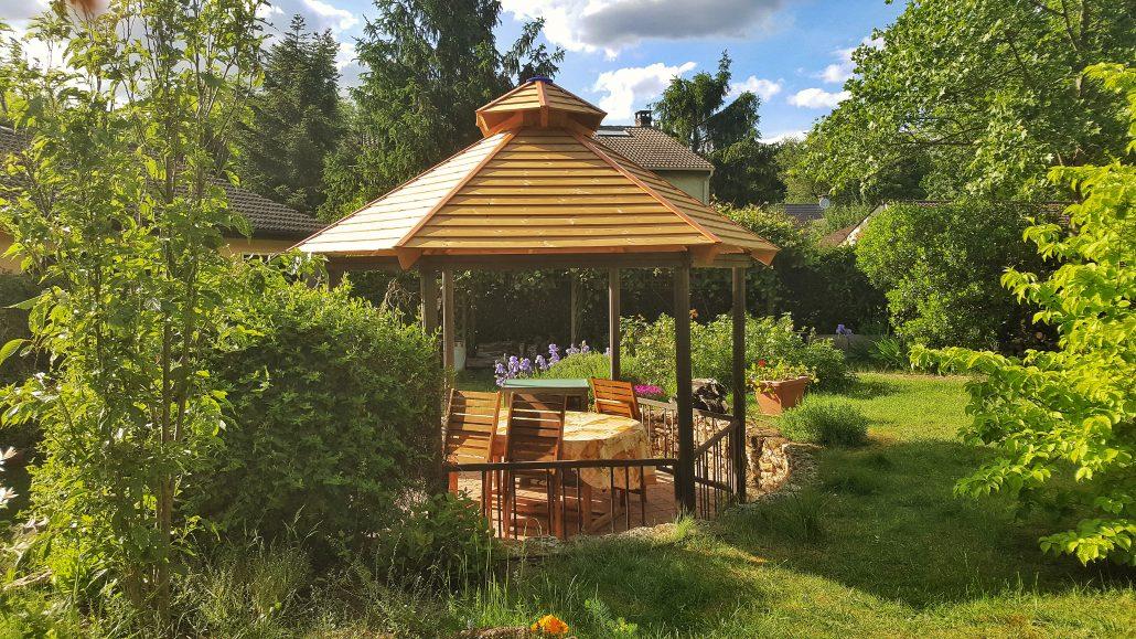 kiosque de jardin bois