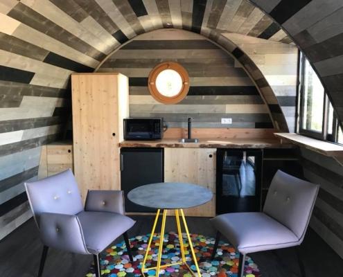 espace salon d'une beebane