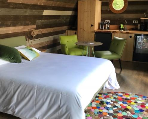 chambre confortable d'un beebane