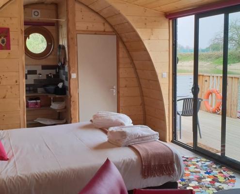salle de bain dans une extension bois