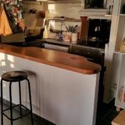 Bar de cuisine sur mesure en bois massif