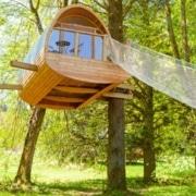 Exemple de fondation de cabane dans les arbres ou sur pilotis